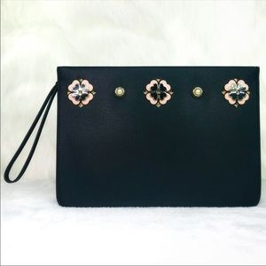 Kate Spade Large pouch Kelli in black NWT